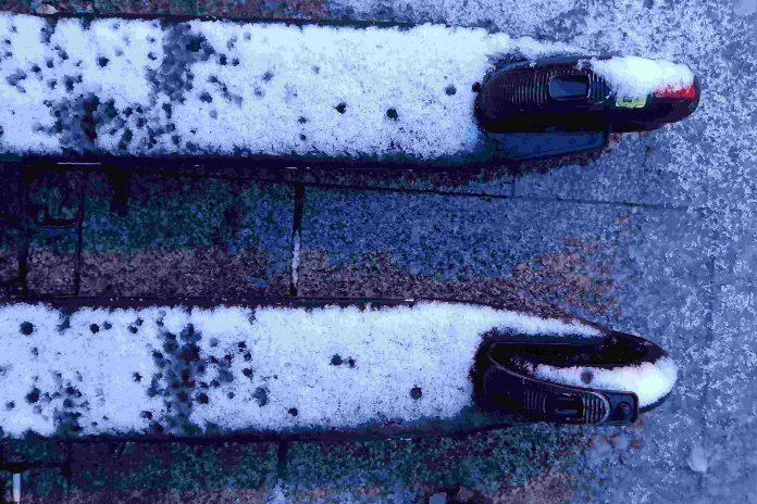 Hulajnogi sharingowe na minuty - śnieg
