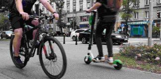 Ruch rowerowy w Warszawie w 2020 roku- hulajnogi mają w nim 4,1 proc. udział