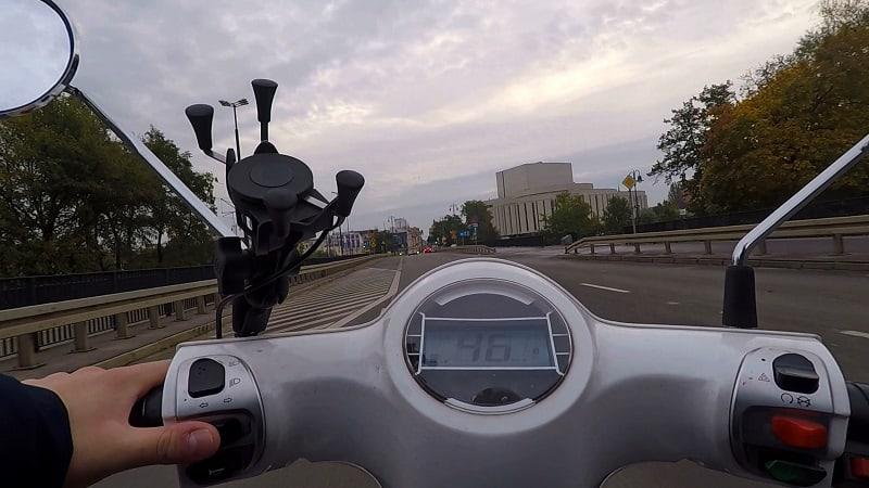 Test środków transportu - skuter